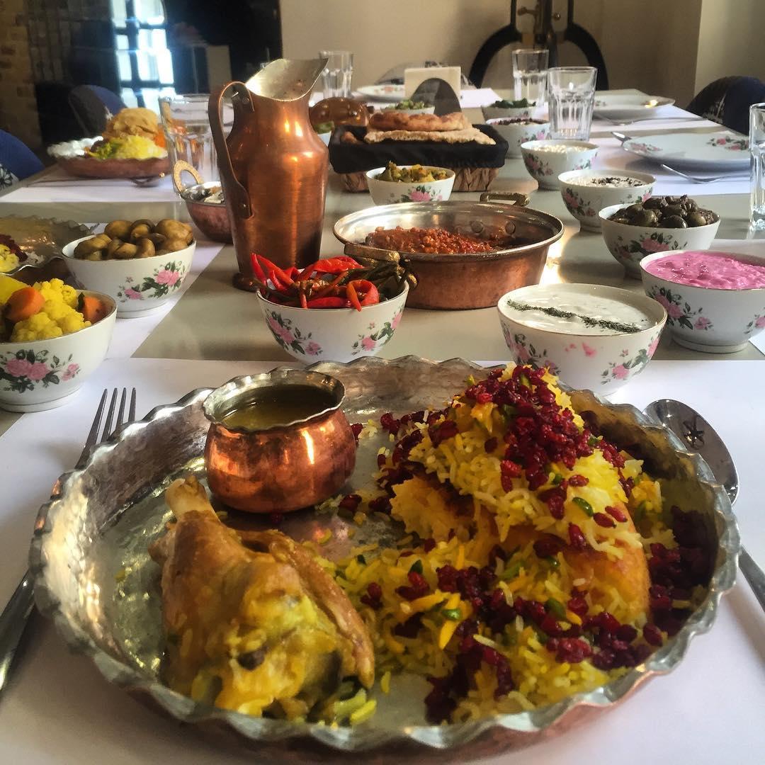 رستوران مجمع - بهترین رستوران های تهران برای افطار