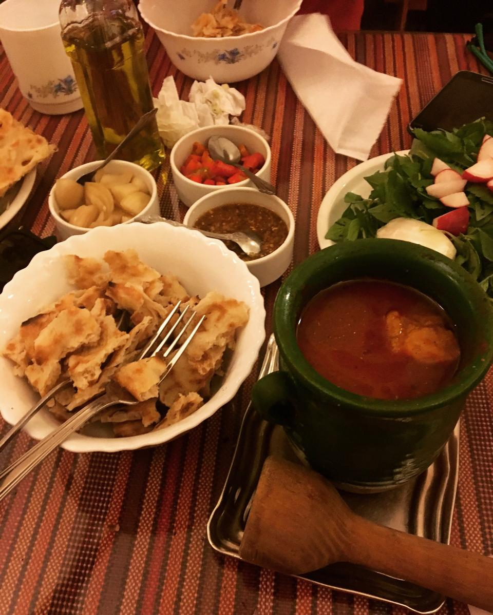 آبگوشت خونه دیزی ایرانشهر - معروف ترین رستوران های تهران