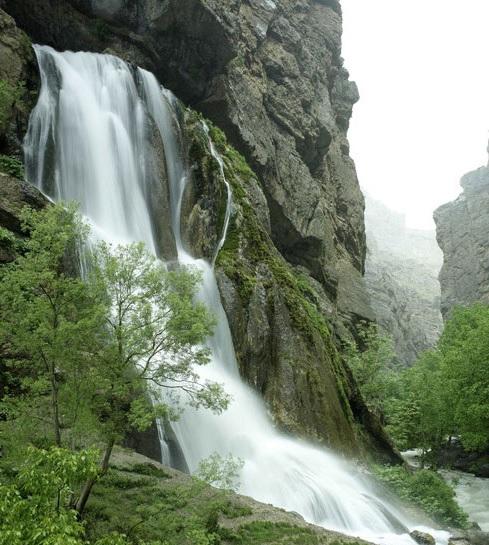 زیباترین آبشارهای ایران آب سفید