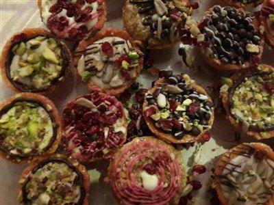 کیک و شیرینی در تهران بلوط