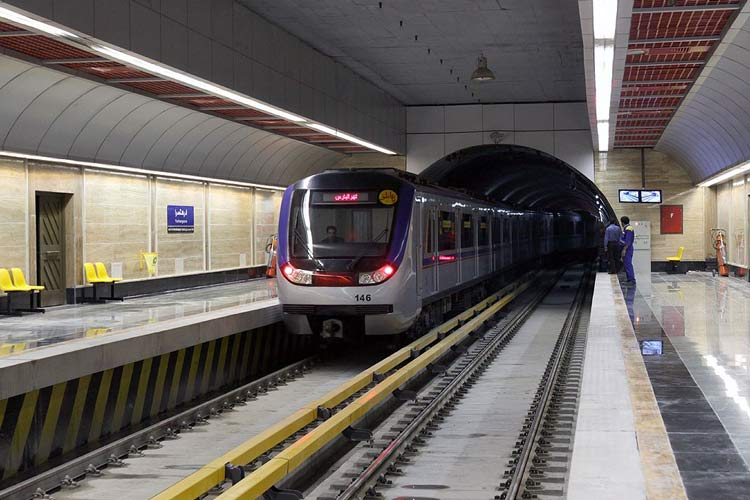 تهران گردی با مترو و آشنایی با مسیرهای متروی تهران