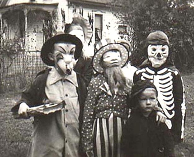 معرفی ماسک و لباس هالووین