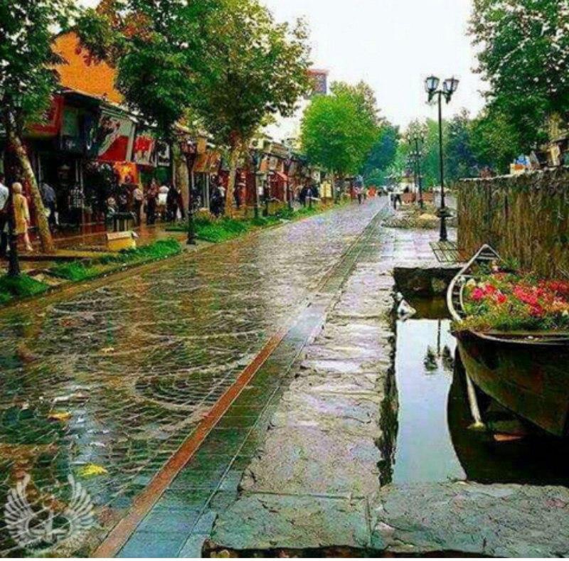 پیاده راه فرهنگی رشت واقع در میدان شهرداری