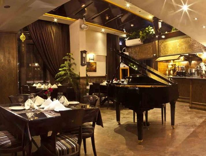 رستوران رازقی رشت مجلل ترین رستوران شمال