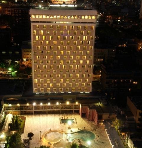 هتل هما یک هتل لاکچری در تهران
