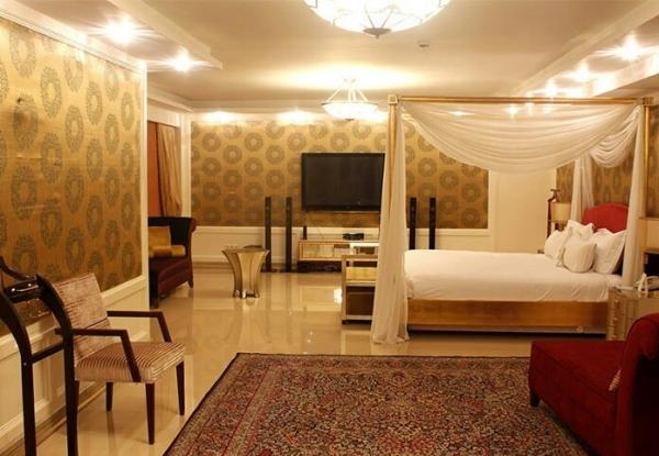 شیک ترین هتل تهران هتل اسپیناس است.