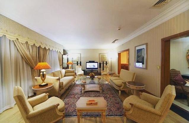 بهترین هتل در تهران کدام هتل است؟