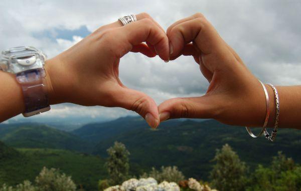 اگه میخوای بدونی واقعا عاشق هستی یا نه تست عشق رو انجام بده