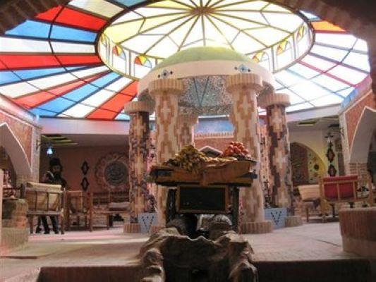 رستوران فانوس آبی یک رستوران خوب در مشهد