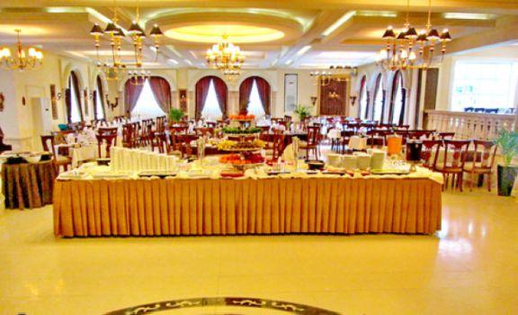 رستوران ارم شاندیز قدیمی ترین رستوران مشهد است