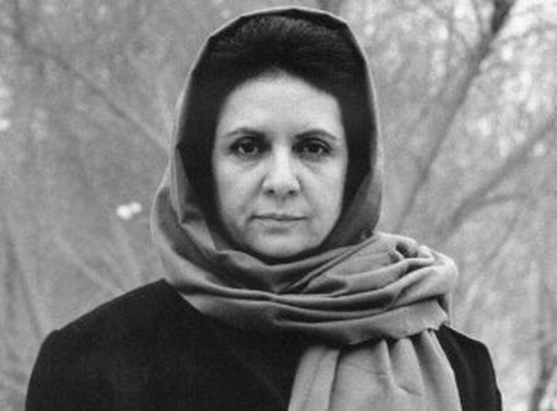 گلی ترقی یکی از بهترین نویسندگان ایرانی