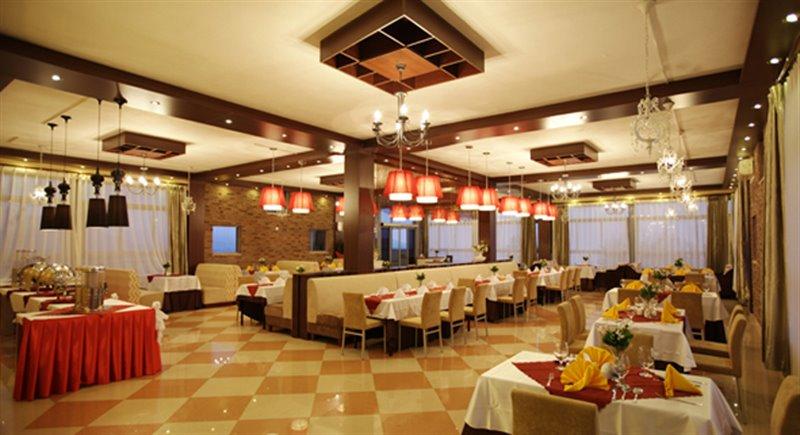 رستوران بین المللی ایلمیلی