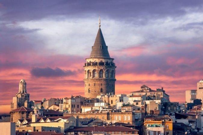 برج گاتالا در استانبول زیباترین برج ترکیه