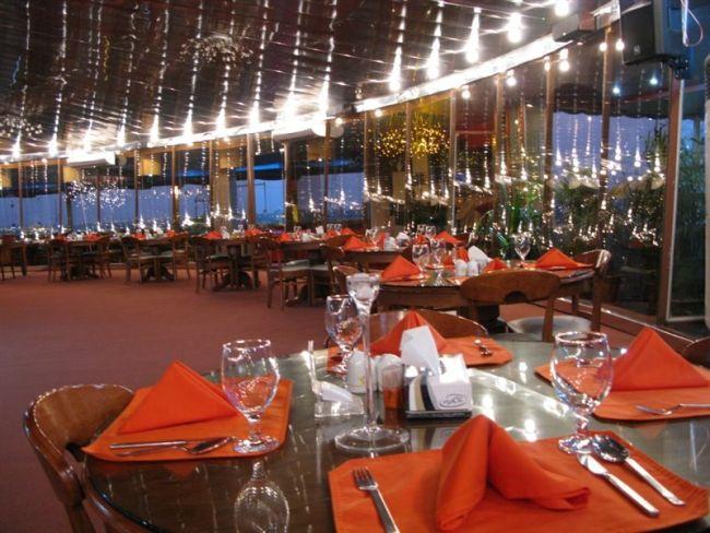 رستوران گردان امپراطور شیک ترین رستوران اهواز