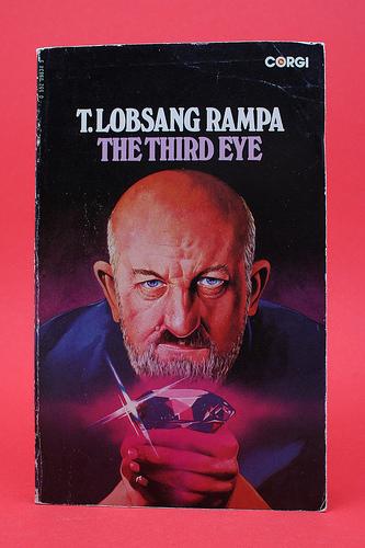 لوبسانگ رامپا نویسنده و عارف بزرگ در جهان