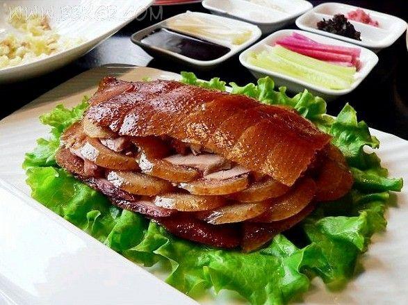 اردک برشته شده پکنی (Peking Roast Duck) در چین