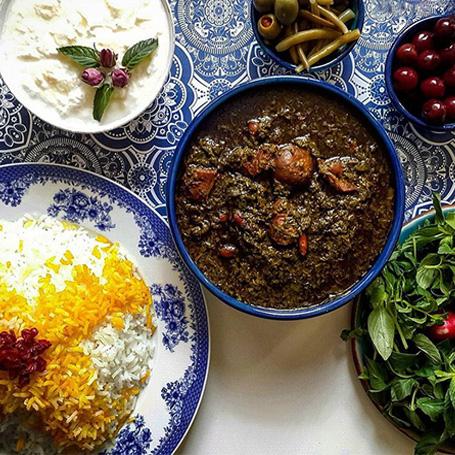 قرمه سبزی، غذای محبوب ایرانی ها