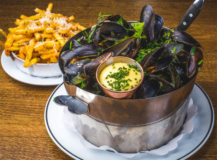 مولفریت (Moules-frites) غذای ملی بلژیک
