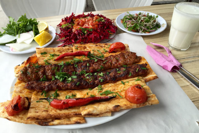 کبابهای خوشمزه ترکیه از بهترین غذاهای معروف دنیا
