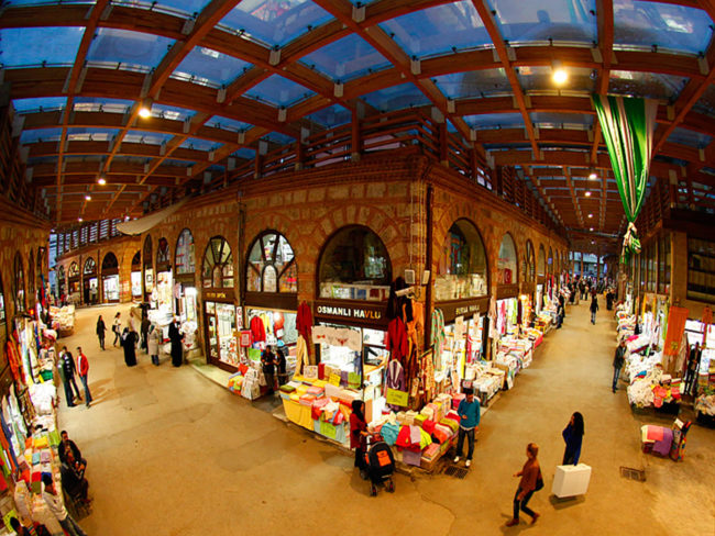 بازار بزرگ بورسا از بهترین مراکز خرید ترکیه