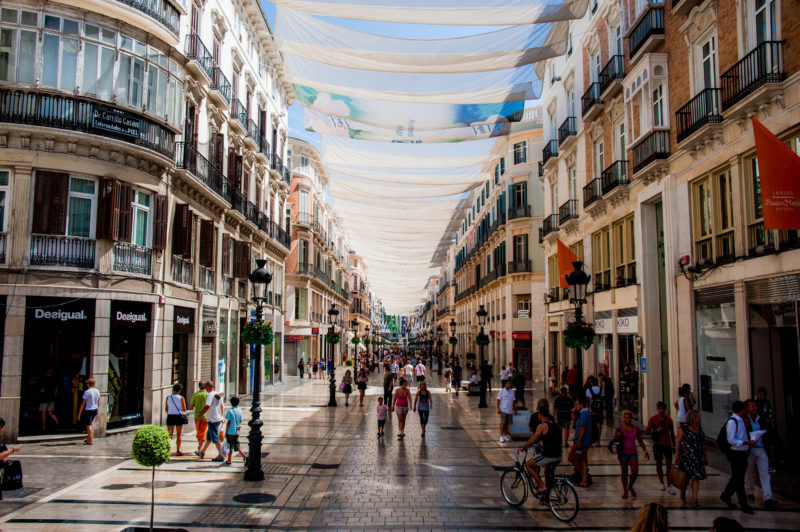 خیابان لاریوس