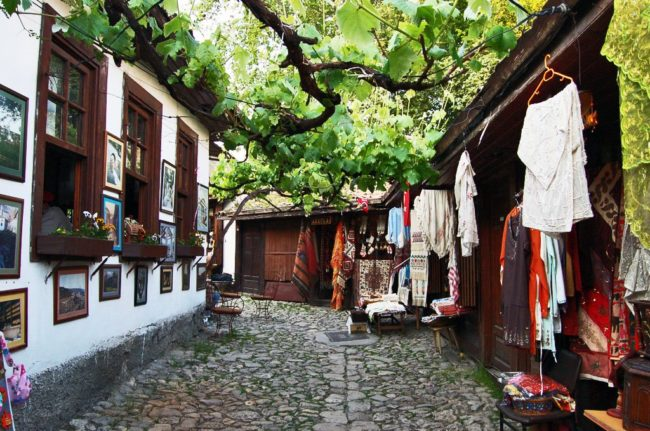 بازار یمینیجلر سافران بولو از بازارهای سرشناس در ترکیه