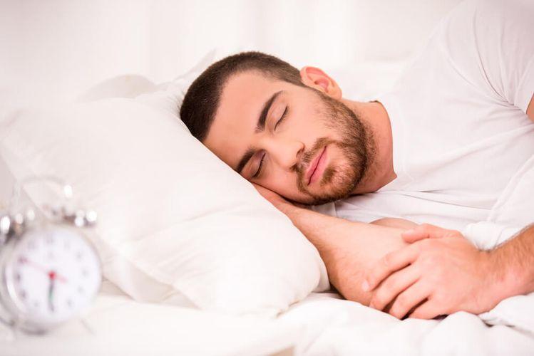 فواید خواب کافی در کاهش وزن