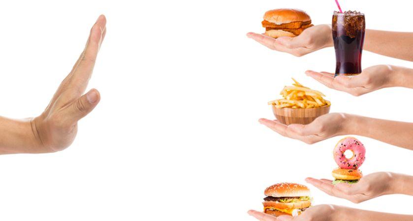 مضرات فست فود برای لاغری