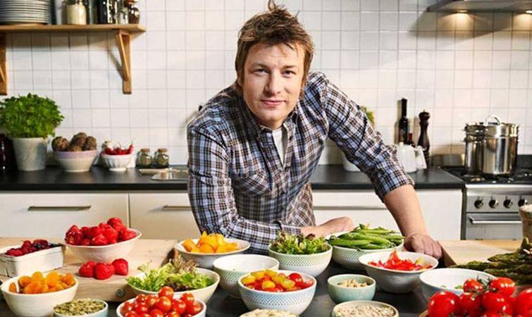 جیمی الیور سرآشپز معروف انگلیسی