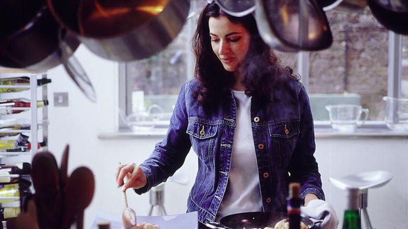 نایجلا لاوسون از محبوب ترین سرآشپزهای بریتانیایی