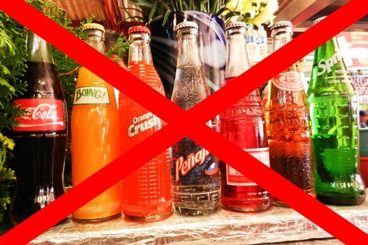 مضرات نوشیدنی های قندی برای کاهش وزن