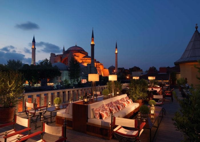 هتل فور سیزن (Four Seasons Hotel Istanbul at Sultanahmet)