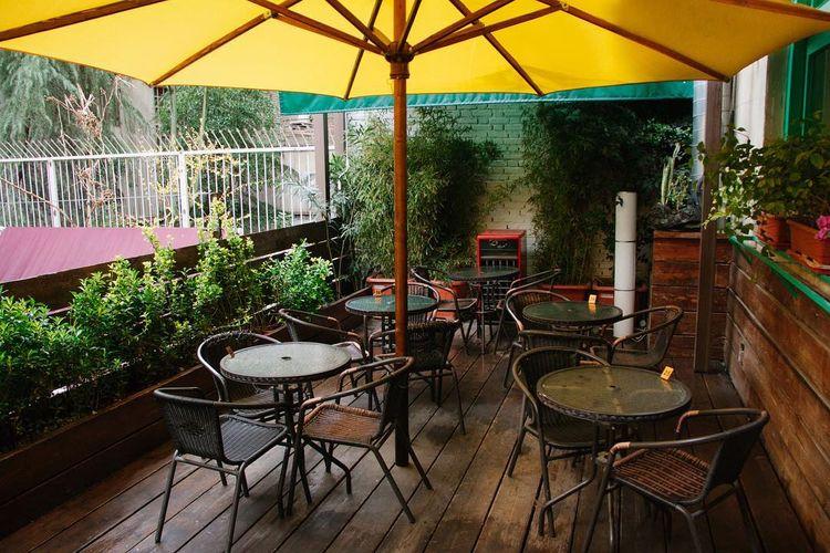 کافه نزدیک کتاب یکی از بهترین کافه های تهران