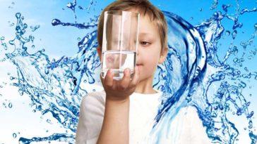 اثرات شگفت انگیز نوشیدن آب