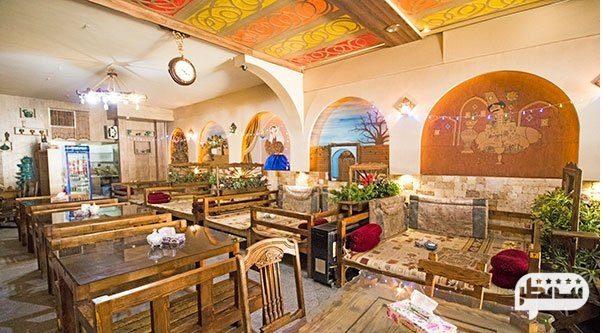 رستوران سنتی رویال با تنوع غذایی بی نظیر در تهران