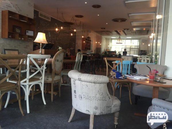 روبرتو کافه از کافه های بزرگ و معروف در تهران