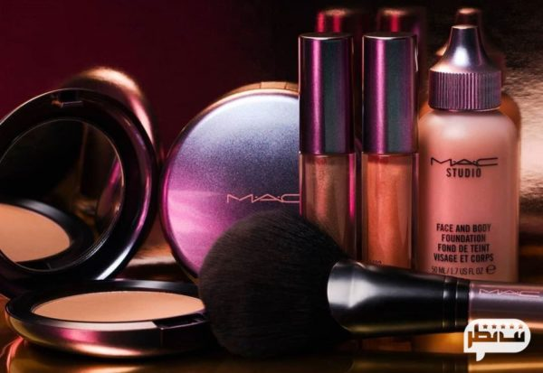 MAC (مک) از پرطرفدار ترین لوازم آرایشی در بین هنرمندان