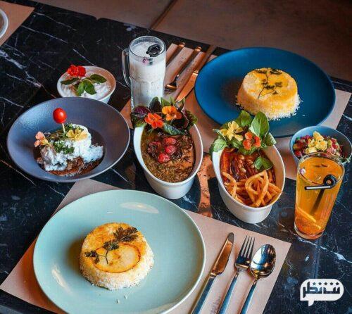 رستوران چراغان از بهترین و شلوغ ترین رستوران های ایرانی بام لند تهران
