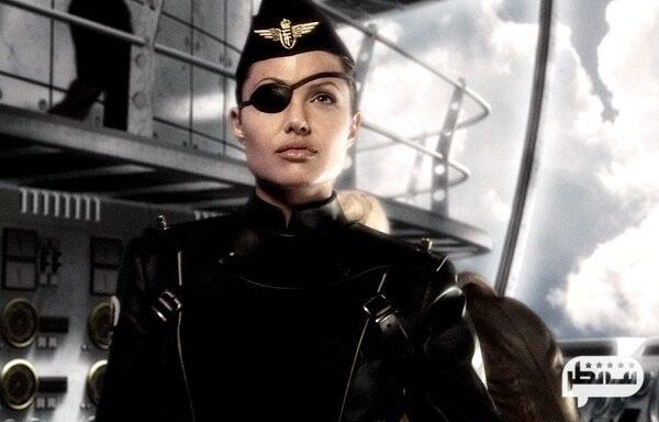 """فیلم تخیلی و زیبای ( کاپیتان اسکای و دنیای فردا ) """"Sky Captain and the World of Tomorrow"""""""