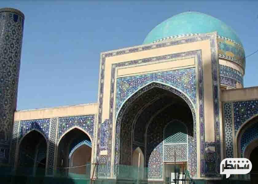 مسجد ۷۲ تن