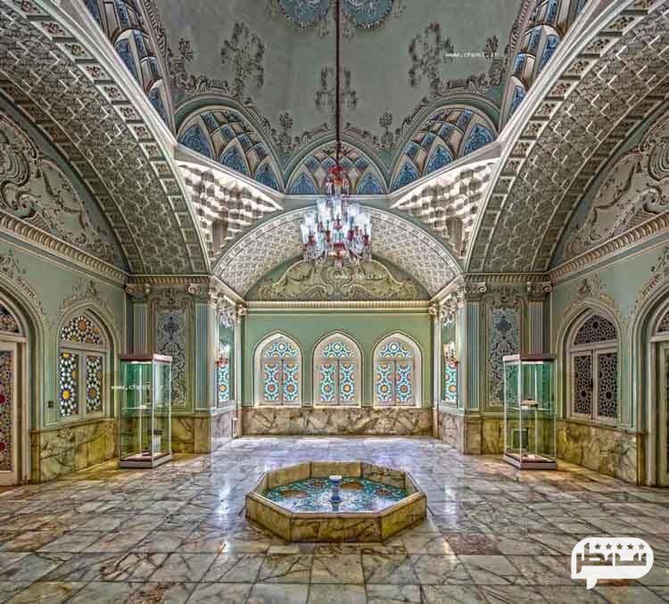 قصرآیینه از جاذبه های یزد